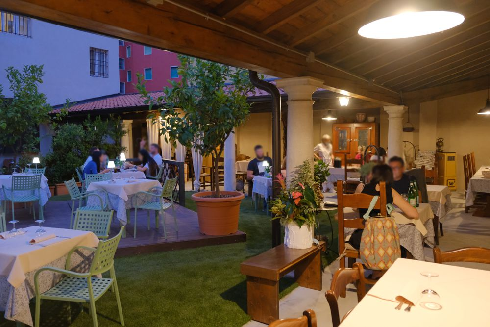 Spazio estreno notturna - Santa Giulia Trattoria - Brescia